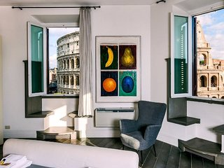 Stunning Five Bedroom Apartment Overlooking the Colosseum