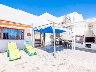 Villa Isabella in Macher mit grosser Sonnenterrasse,Grill, Wifi und Sat-TV