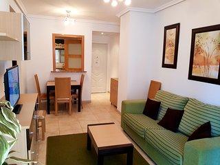 """Apartamento con Piscina, Garaje, Wifi, en la zona mas tranquila de Marina D""""or"""