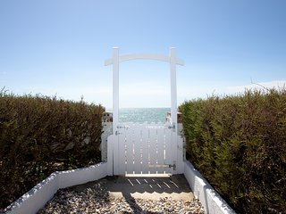 Rox: one of the finest beach front properties in West Wittering