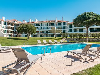 Stylish 3 Bedroom Apartment in Vila Sol Resort, Quarteira, Algarve