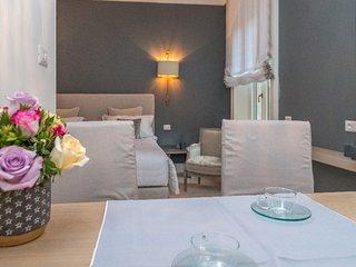 Crisp 1 Bedroom Apartment Located in the Neighborhood of Brera