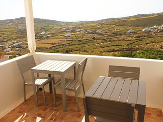 2 bdrm apartment - Live&Travel Greece
