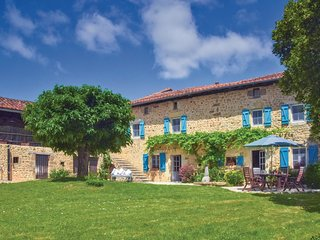 6 bedroom Villa in Chichiat, Nouvelle-Aquitaine, France - 5565583