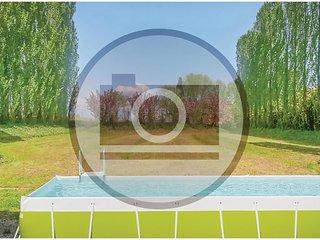 6 bedroom Villa in Santa Cristina, Veneto, Italy : ref 5579532