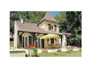 2 bedroom Villa in Saint-Georges-Blancaneix, Nouvelle-Aquitaine, France : ref 55