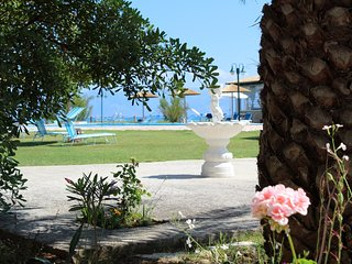 NIce villa Serena with 4 bedrooms on the beach