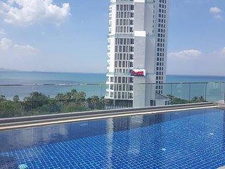 2 bedroom flat at North Pattaya Serenity condo.