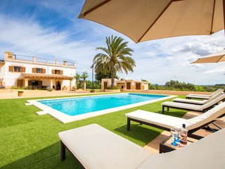4 bedroom Villa in Creu Vermella, Balearic Islands, Spain - 5699126