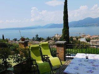 Villa Maria lake wiew apartments near the lake.