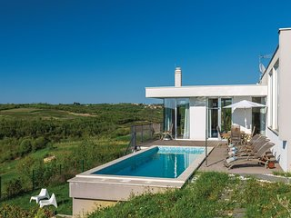 3 bedroom Villa in Momjan, Istria, Croatia : ref 5520542