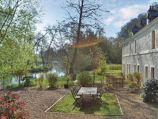 4 bedroom Villa in La Chapelle-aux-Choux, Pays de la Loire, France : ref 5565832