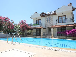 Mutlu Apartment - 2 bed 2 bath Apartment - sleeps 5