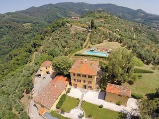 5 bedroom Villa in Massa, Tuscany, Italy : ref 5566934