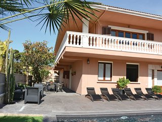 6 bedroom Villa in Playa de Muro, Balearic Islands, Spain : ref 5523265