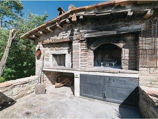 6 bedroom Villa in Coldipozzo, Umbria, Italy : ref 5566965