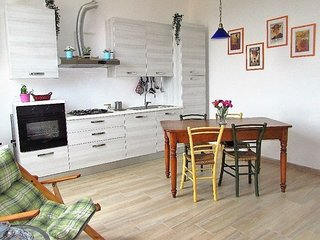 AL PORTO new modern apartment easily accessible to Lucca city center
