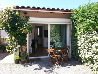 Studio en rez de villa au calme à 10 km d'Ajaccio et Porticcio proche de la mer