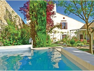 3 bedroom Villa in Grignan, Auvergne-Rhone-Alpes, France : ref 5522420
