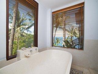 Malimbu Cliff Villa - Bedroom 3