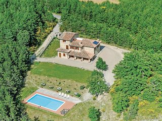 5 bedroom Villa in Ciciliano, Umbria, Italy - 5523708