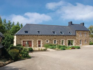 5 bedroom Villa in Ville Morvan, Brittany, France : ref 5565443