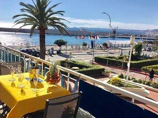Spacieux 3P haut de gamme terrasse vue mer Port climatisation wifi parking