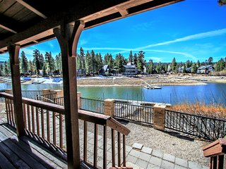 ~Breezy Estate~Furnished Lakeside Cabin Combo~