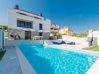 Villa Sun & Sea With A Beautiful Seaview