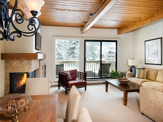 Aspen Condo with Private Balcony | 2 Pools, 3 Hot Tubs + Tennis Courts