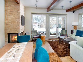 Mountain Condo | Private Balcony, Fireplace, 2 Pools, 3 Hot Tubs