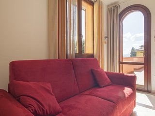 Rondinella - Apartment with balcony and swimming pool in Suvereto