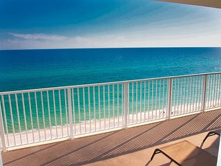 Relax and Enjoy this Tropic Winds 2/2 Condo w/ XL Balcony and Beach Service!