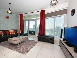 Stunning one bedroom with Burj musical fountain view and sunset view in Loft wes