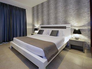 Clubber's Paradise Dubai Marina Short Rental