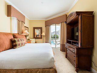 Homestead Magnolia -5br, Pvt Pool/Spa, FREE Waterpark Access, 24hr Guest Service