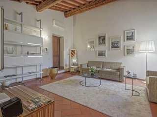 Terme Terrace apartment in Duomo with WiFi, air conditioning, private roof terra