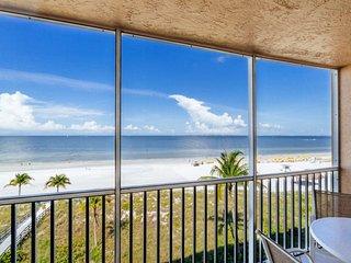 Beach Villas #402