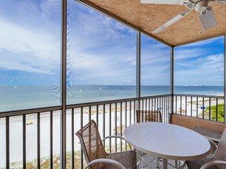 Beach Villas #704