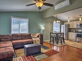 NEW! Cozy Sawyer Condo w/Fire Pit Near State Park!