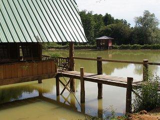 Lodge sur l'eau tikal nature