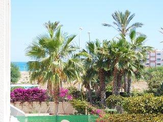 1ª Línea de Playa con Piscina y WiFi