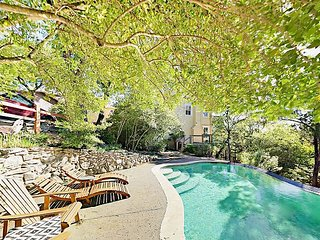 Custom-built 3BR Farmhouse w/ Private Pool, Large Deck & Two Living Areas