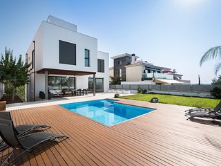 Residence by G Son Puig