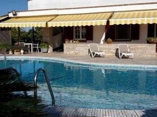 Villa con piscina privata ed ampio giardino vicino Gallipoli