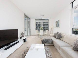 2 Bedroom Zetland Apartment H380