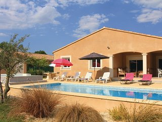 4 bedroom Villa in Saint-Paul-Trois-Chateaux, France - 5522423