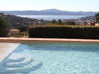 211028 5- bedroom villa,sea view,heated pool 12 x 5,partly airco,near golfcourse