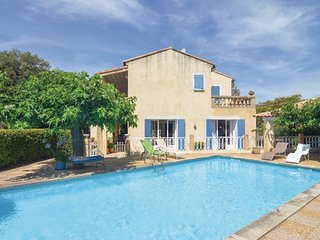 3 bedroom Villa in Collias, Occitania, France : ref 5541196