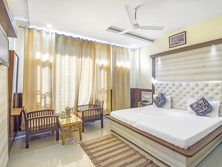 1-BR for four, close to Tibetan Museum